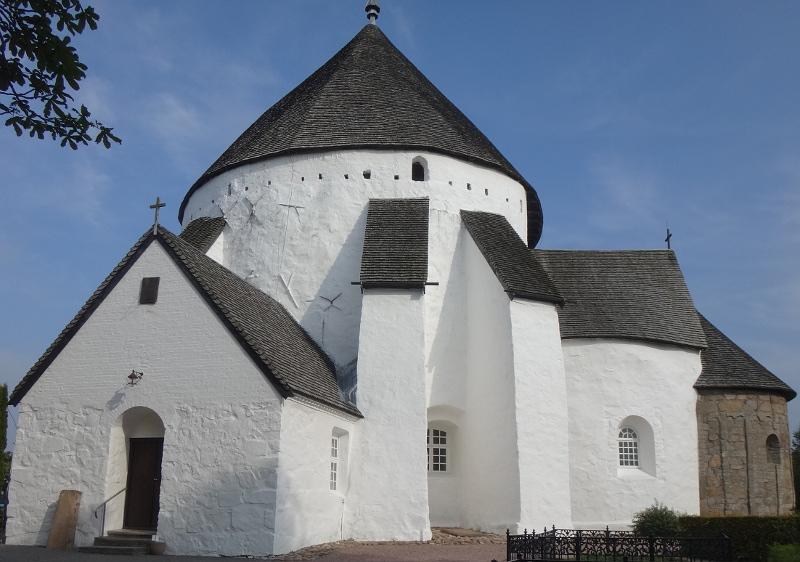 Østerlars Kirke (größte und älteste Rundkirche in Bornholm)