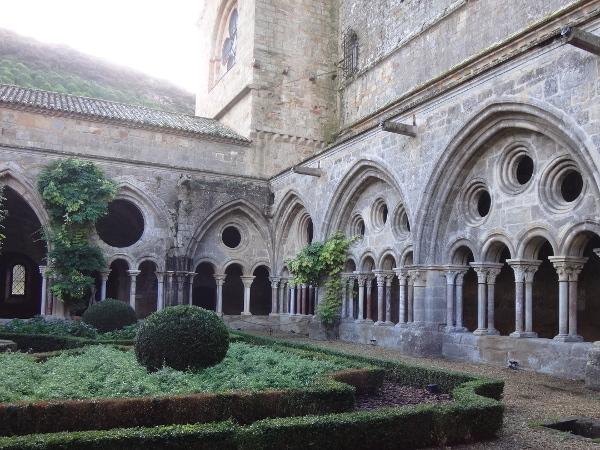 Abtei Sainte-Marie de Fontfroide | Kreuzgang